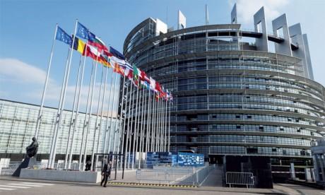 La proposition faite par le Chef du gouvernement espagnol, Pedro Sanchez, a été soutenue par le président du Conseil européen, Donald Tusk, et le président de la Commission européenne, Jean-Claude Juncker.