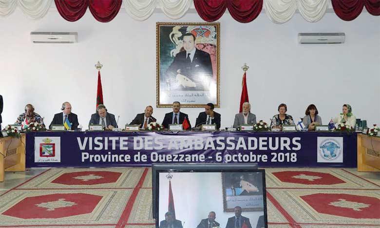 La rencontre visait à informer de près les ambassadeurs accrédités au Maroc des potentialités dont regorge la province d'Ouezzane