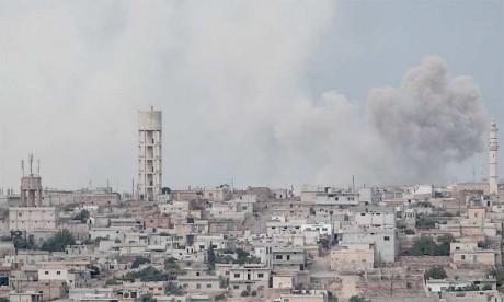 «Il s'agit de la première violation claire de l'accord depuis le retrait des armes lourdes. Cette zone est censée être débarrassée (...) des obus de mortier»,  a affirmé le directeur de l'Observatoire syrien des droits de l'Homme.