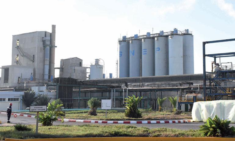 «À terme, le programme nous permettra d'augmenter notre production à 120.000 tonnes de PVC et 115.000 tonnes de soude», a déclaré le DG de SNEP, Rachid Mohammadi. Ph. Saouri