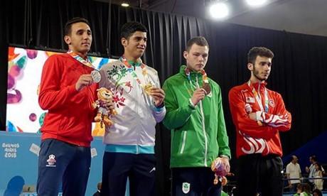 Le karatéka marocain Nabil Ech-Chaabi a remporté cette médaille après avoir été battu en finale par l'Iranien Navid Mohammadi dans la catégorie des plus de 68 kg. Ph : MAP