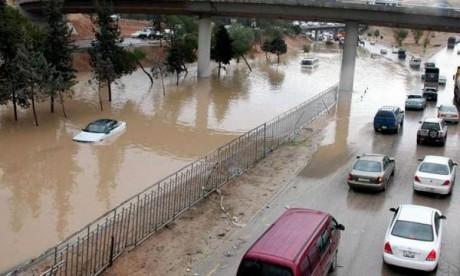 Des pluies diluviennes tuent 11 personnes en Jordanie