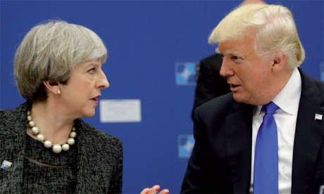 Donald Trump critique Theresa May