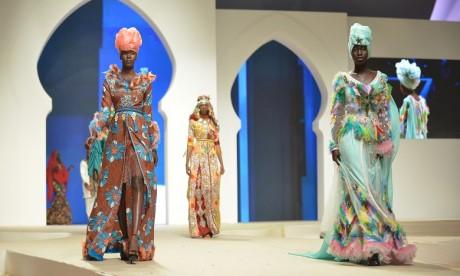 Les créateurs panafricains défilent à Dakhla