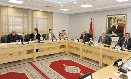 Première réunion  de la Commission nationale