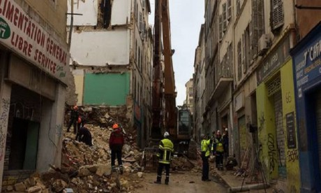 """Effondrement d'immeubles à Marseille: une information judiciaire ouverte pour """"homicides involontaires"""""""