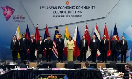 Sommet ASEAN : la Chine pour une économie ouverte
