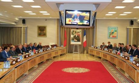 Abdelouafi Laftit et Christophe Castaner ont mis en relief les liens puissants qui existent entre les deux pays et l'engagement fort de la France au côté du Maroc notamment en matière de lutte contre le terrorisme et l'immigration illégale. Ph : MAP