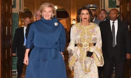 S.A.R. La Princesse Lalla Meryem préside un dîner offert par S.M. le Roi en l'honneur de la Princesse Astrid de Belgique