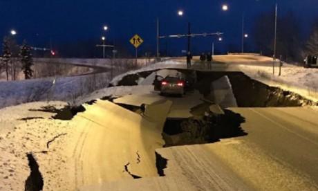 Alerte au tsunami en Alaska après un puissant séisme