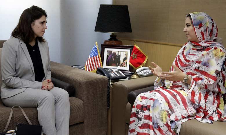 La coordinatrice du pôle Afrique au sein de la Chambre américaine de commerce s'entretient avec la secrétaire d'État chargée du Commerce extérieur