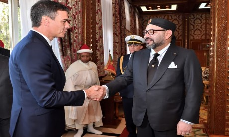 Sa Majesté le Roi reçoit au Palais Royal de Rabat M. Pedro Sanchez, Président du gouvernement espagnol