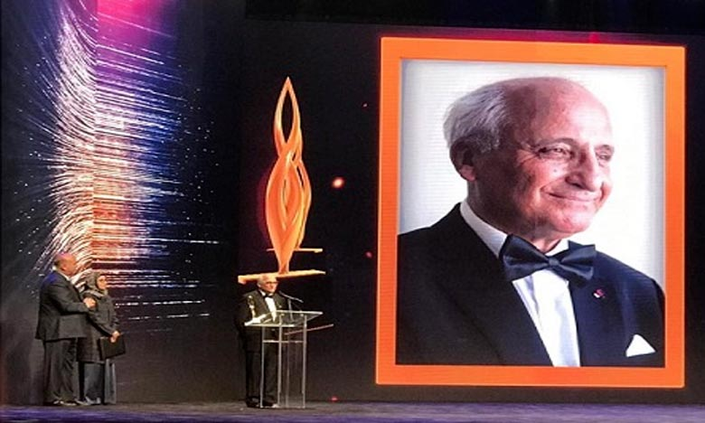 Rachid Yazami récompensé au Koweït
