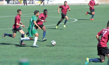 Mohammedia trébuche, le Stade marocain s'empare des commandes