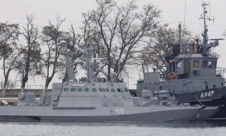 Escalade entre Kiev et Moscou  qui capture 3 navires ukrainiens