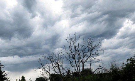 Un temps nuageux avec pluies