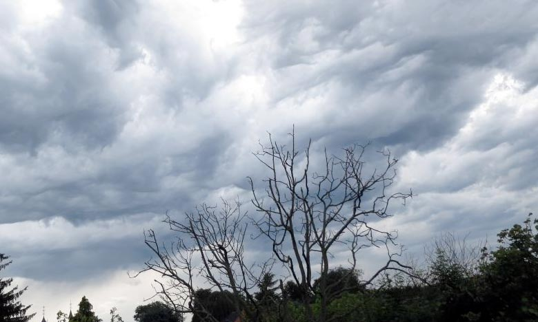 La DMN prévoit un temps généralement stable sur l'ensemble du pays avec ciel peu nuageux à clair, aussi des nuages bas avec formations brumeuses la matinée et la nuit. Ph : DR