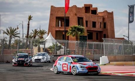 L'événement s'est déroulée sur un circuit fermé dans le quartier Al-Wifaq, a connu la participation d'environ 40 pilotes représentant plusieurs clubs marocains affiliés à la FRMSA. Ph : DR