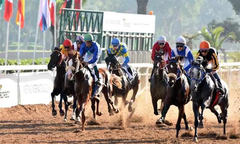 Des jockeys de 12 pays se sont affrontés dans le cadre de 12 courses engageant 122 chevaux Ph. Seddik