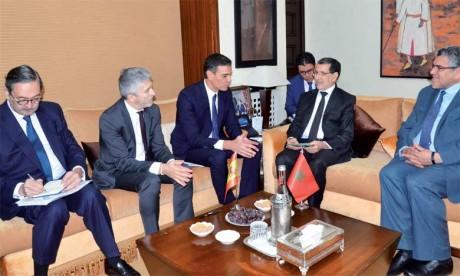 Saâd Eddine El Othmani et Pedro Sanchez se félicitent des relations distinguées d'amitié et de bon voisinage unissant les deux pays