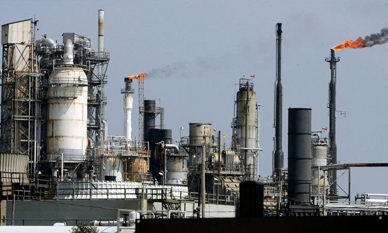 Les grands producteurs du pétrole se réunissent à Abou Dhabi