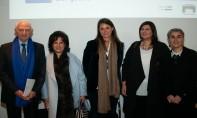 De gauche à droite : M. André Azoulay, conseiller de S.M. le Roi Mohammed VI et président de l'Association Essaouira-Mogador; Mme. Sheikha Mai Bint Mohammed Al Khalifa, ministre de la Culture de Bahreïn; Amandine Lepoutre, co-présidente de Thinkers & Doers; Manal Attaya, directrice générale de l'Autorité des Musées de Charjah; et Catherine Guillou, directrice des audiences du Centre Pompidou. Ph. DR