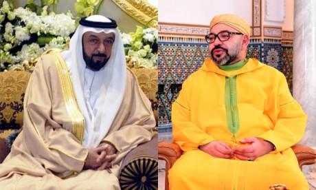 S.M. le Roi félicite le Président des EAU