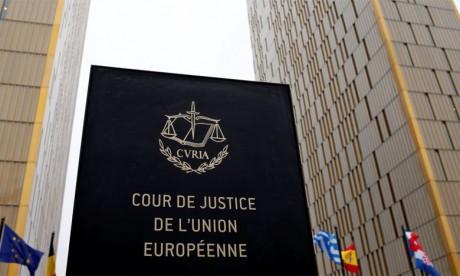 La justice de l'UE donne un argument aux anti-Brexit, semaine décisive pour May