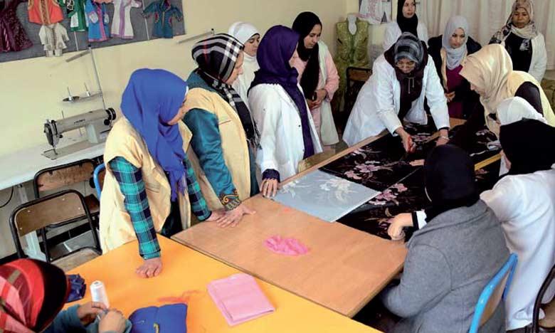 Le Centre de formation et de renforcement des compétences accueille près de 200 femmes inscrites dans plusieurs filières dont la coupe et couture traditionnelle et moderne.