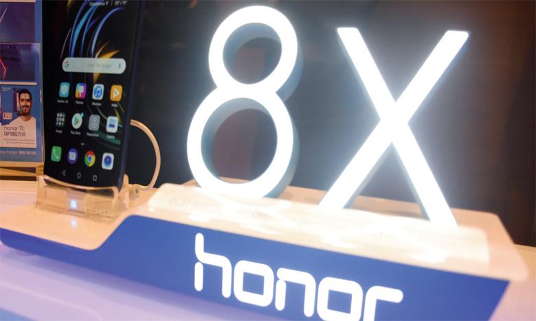 Pour le directeur de Redington, Karim Galzim, «le Honor 8X est un concentré de technologie à prix réduit». Ph. Seddik