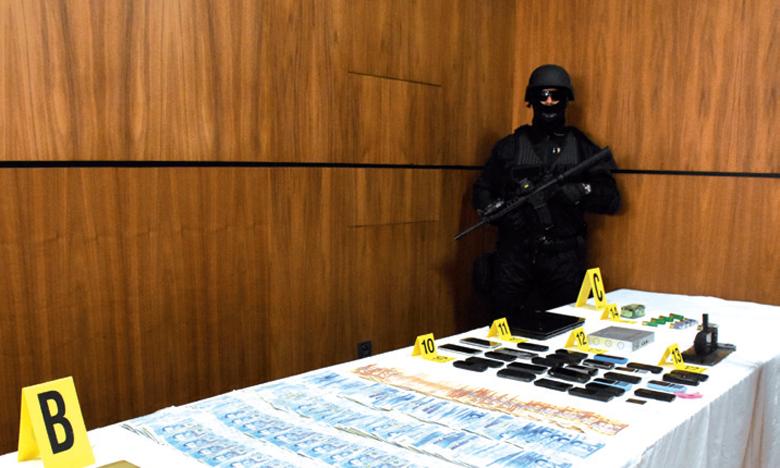 Saisie d'environ une tonne de cocaïne fortement dosée et arrestation de sept personnes