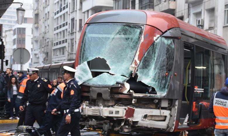 Les équipes d'intervention de RATP Dev Casablanca, Casa Transports, ainsi que la police et la Protection civile ont rapidement été dépêchées sur le lieu de l'accident.          Ph. Seddik