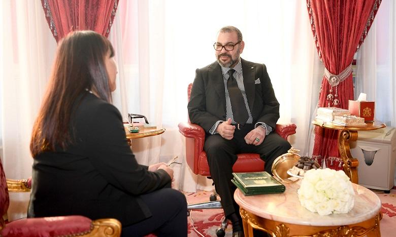 Sa Majesté le Roi Mohammed VI reçoit au Palais Royal à Rabat, Mme Amina Bouayach et la nomme présidente du Conseil national des droits de l'Homme