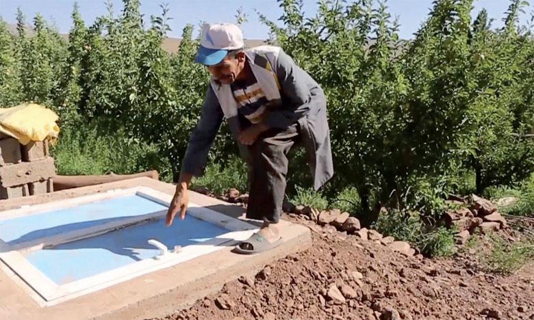 Le projet repose sur l'aménagement de deux chambres froides circulaires et enterrées, d'une capacité  minimale de 14 m3 destinées à la conservation de plusieurs aliments sans utiliser aucune source d'énergie.