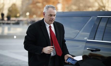 Ryan Zinke, ancien élu du Montana, était critiqué pour ses dépenses excessives. Ph. AFP