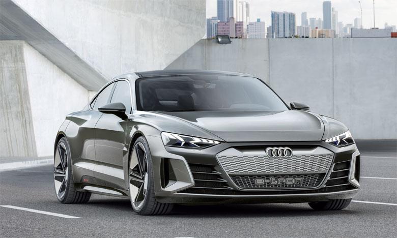 La transformation en modèle de série d'Audi e-tron GT concept sera réalisée par la filiale performance Audi Sport GmbH.
