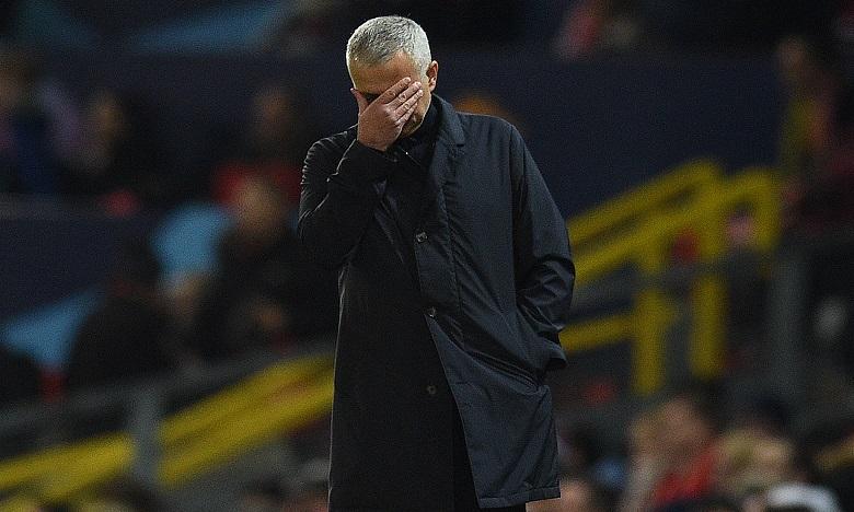 José Mourinho limogé par Manchester United