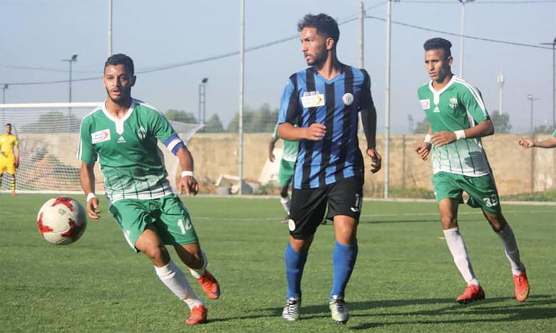 Le racing de Casablanca a subi une lourde défaite (3-0) face au Raja Béni Mellal.