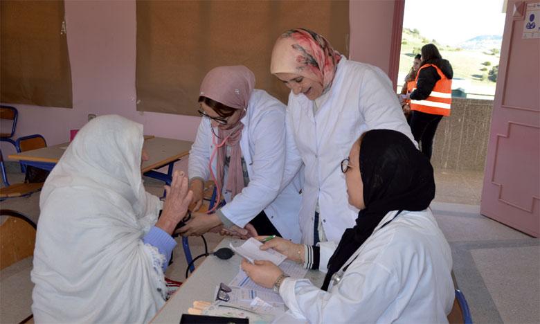 Un millier de personnes  bénéficient de la caravane médicale du Rotary Tanger-Tétouan