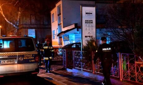 Incendie: Cinq ados perdent la vie en Pologne
