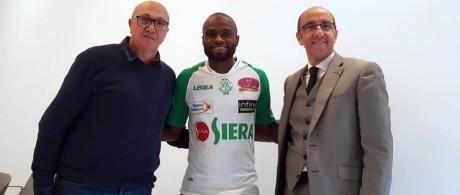 Fabrice Ngah et Ayoub Nanah qualifiés pour le derby face au WAC