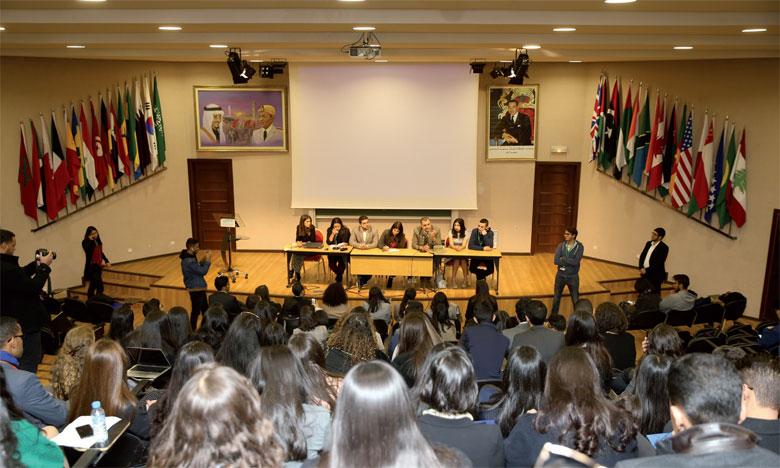 Des étudiants de l'Université Al Akhawayn simulent le modèle onusien