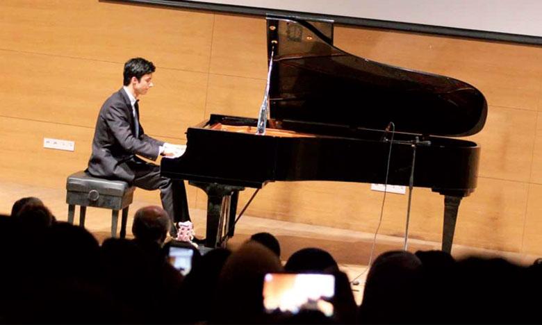 Mahmoud El Moussaoui a obtenu le deuxième prix du 13 Concours international de piano S.A.R la Princesse Lalla Meryem.