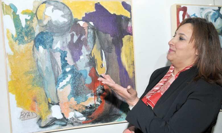 Souad Byad : «C'est cet être humain que j'essaye de montrer dans mes peintures à travers son mouvement et son état d'âme.»