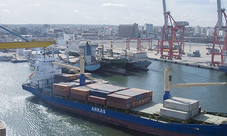 En 2017, le trafic traité au port de Jorf Lasfar a atteint plus de 29,59 millions de tonnes, en hausse de 13,40% sur un an.