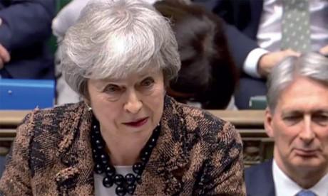 Theresa May compte retourner négocier à Bruxelles