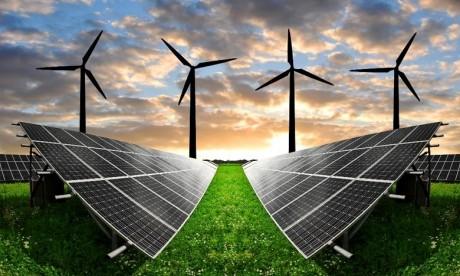 Energies renouvelables :  Le directeur de l'Iresen présente les efforts du Maroc à Abou Dhabi