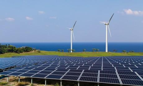 L'Irena prévoit que d'ici 2025 le coût moyen de l'électricité d'origine éolienne terrestre pourrait baisser de 26% et de 35% par rapport à l'éolien maritime. Ph. DR