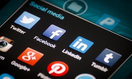 Facebook et Twitter dans le collimateur de la Russie