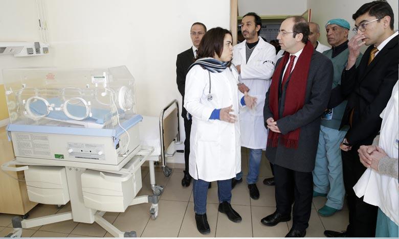 Le ministre de de tutelle, Anas Doukkali. préside la cérémonie d'inauguration d'un service de psychiatrie relevant de l'hôpital provincial de Khénifra Ph : MAP